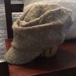NWOT sonoma sweater hat